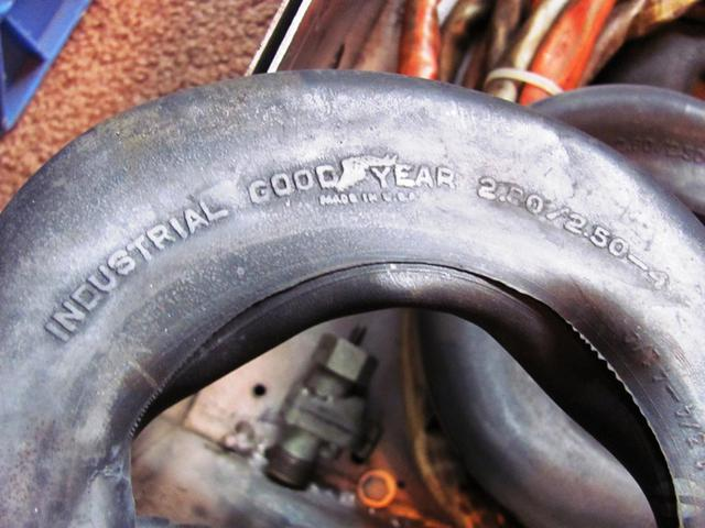 wanted to buy industrial goodyear inner tube 2.80 2.50- 4 size.jpg
